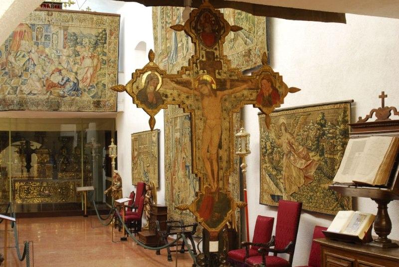L'Arazzeria con la croce dipinta