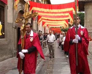 Il vescovo Beschi alla processione del Corpus Domini
