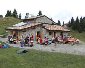 Un anno di apertura per la baita del Monte Alto