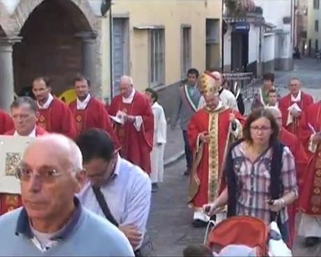 Il Vescovo apre Missione al popolo